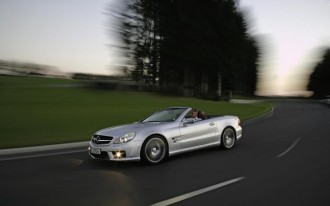 Germans Holding the Line on Mercedes-Benz SL500 Pricing