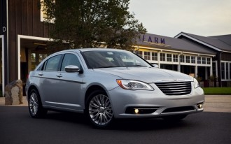 2012 Chrysler 200: Driven