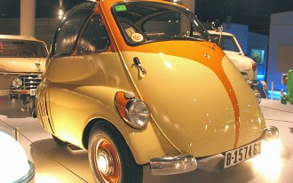 Awkward Designs: GEM Peapod vs. Isetta vs. BMW 600