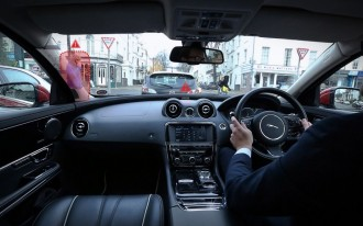 Jaguar Land Rover Tests 'Transparent' Pillars & 'Ghost Car' Navigation (Video)