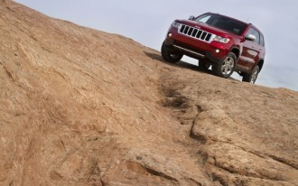 Consumer Reports: 2011 Jeep Grand Cherokee Tops Toyota 4Runner