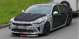 2018 Kia GT spy shots