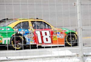 Kyle Busch zooms to victory at Kentucky Speedway. Photo courtesy of Flickr user Duane Tate.