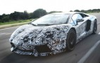 Video: Lamborghini Aventador LP700-4 On The Road, Interior Shots