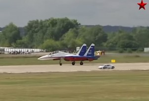 Lamborghini Huracan races Sukhoi Su-27 'Flanker'