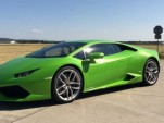 Lamborghini Huracán makes 211-mph run after launch control start. Via Sport Auto.