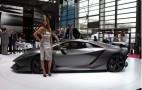 2010 Paris Auto Show: Lamborghini Sesto Elemento Concept Live Photos
