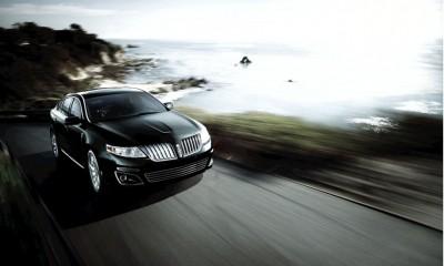 2010 Lincoln MKS Photos