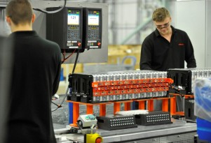 Electric-car batteries: $100 per kwh before 2020, $80 soon after?