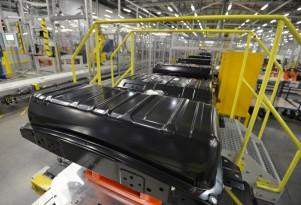 U.K. Plant To Assemble Larger Battery Packs For Next Nissan Leaf