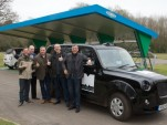 London's taxi drivers try out new range-extended electric Metrocab