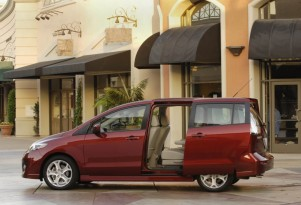 Best Five Vehicles With Third-Row Seating For Under $25k