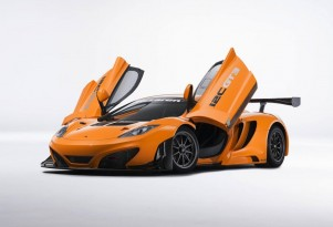 McLaren's 12C GT3, enhanced for the 2013 season - image: McLaren