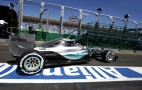 Mercedes AMG Locks Out Front Row After 2015 Australian Grand Prix Qualifying