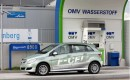 Mercedes-Benz Introduces First Series Fuel Cell Vehicle