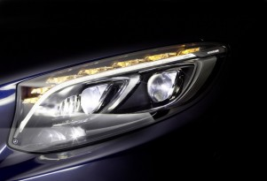 Mercedes-Benz MULTIBEAM LED headlight technology