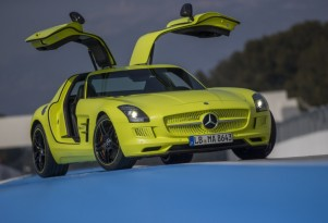 Mercedes-Benz SLS AMG Electric Drive Supercar: First Drive Video