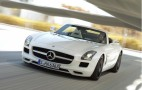 Roger Federer Behind The Scenes With 2012 SLS AMG Roadster: Video