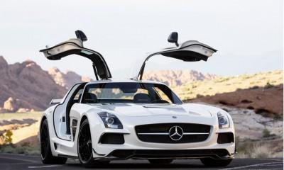 2014 Mercedes-Benz SLS AMG GT Photos
