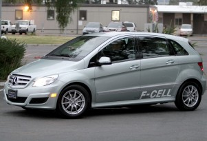 Hydrogen Fuel-Cell Cars? Daimler Delays, Seeks Nissan, Ford As Partners