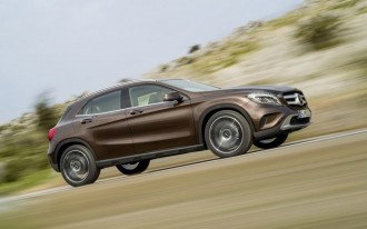 2015 Mercedes-Benz GLA-Class Video Road Test