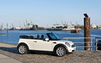 2009 MINI Cooper Convertible: Don't Try This At Home