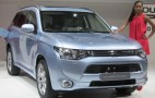2013 Mitsubishi Outlander Plug-in Hybrid Gallery: 2012 Paris Auto Show