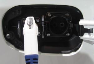 2017 Mitsubishi Plug-In Hybrid To Lose Quick-Charging Port In U.S.