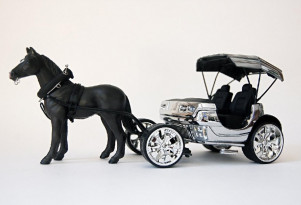 Will electric cars take over as quickly as cars displaced horses from 1900 to 1925?