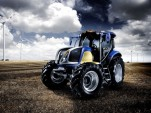 New Holland Agriculture NH², fuel-cell tractor