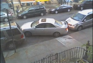 New Yorker pulls Kramer-style parallel parking job