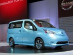Nissan e-NV 200 Concept Electric Van: Detroit Auto Show Video