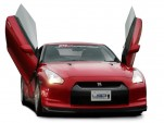 Nissan GT-R with LSD vertical door kit
