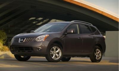 2010 Nissan Rogue Photos