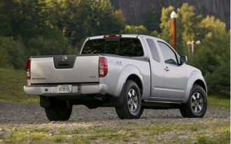 2010 Nissan Frontier: Only Small Pickup With Strong Roof Safety