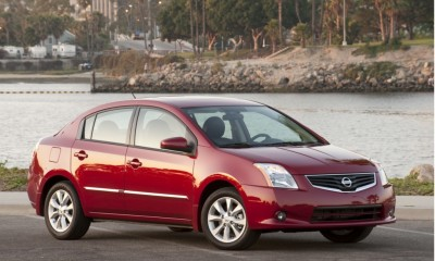 2010 Nissan Sentra Photos