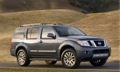 2010 Nissan Pathfinder Photos