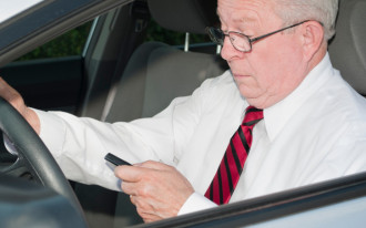 Yikes: Nearly 1 In 4 Adults Surf The Internet While Driving