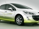 Peugeot's 69MPG 308 Hybride HDi concept