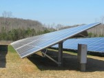 Solar power hits new U.S. heights: utility use exceeds home panels