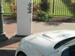 Poorly-sited Blink charging point in Watsonville, CA (Image: Jack Brown)