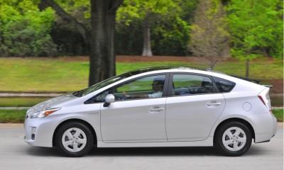 2010 Toyota Prius Photos