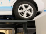 Startup Offers Gasoline-Tank Swaps Derived From Electric Car Concept