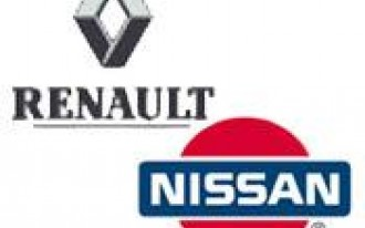 Renault Takes On Nissan