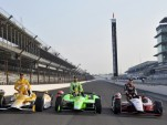Ryan Hunter-Reay, James Hinchcliffe and Ryan Briscoe - Anne Proffit photo