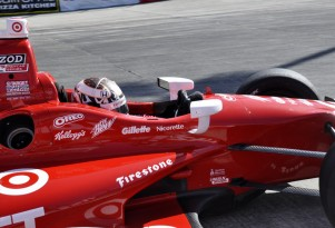 Scott Dixon negotiates the hairpin turn in morning warmup - Anne Proffit photo