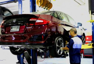 How do you service a hydrogen fuel-cell car at a dealer?