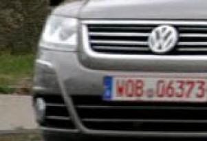 Spy Shots: VW Phaeton facelift