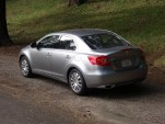 Family Car Compare: 2010 Ford Fusion vs. 2010 Suzuki Kizashi