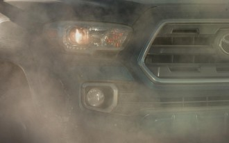 New Trucks Aim At Detroit: 2016 Tacoma, Titan Teased for NAIAS